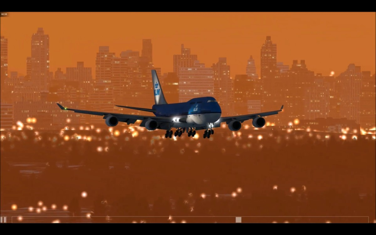 Beautiful approach and landing of the KLM B747 in New York by a friend of mine from the Forum.