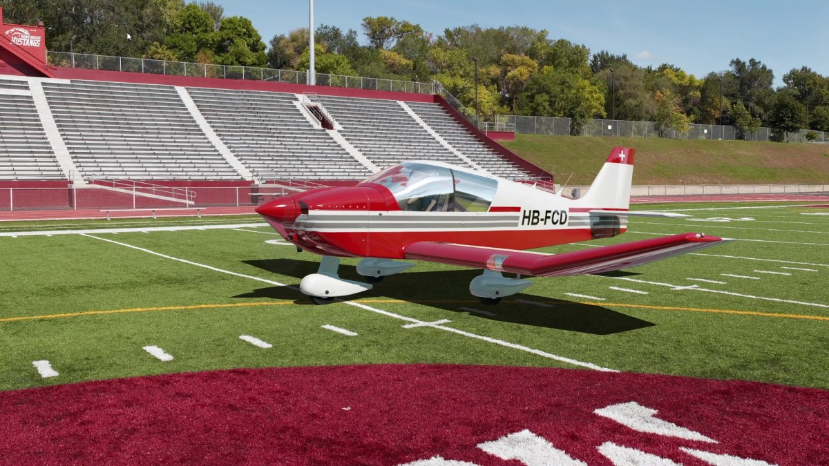 Video, Robin DR400 Takeoff from Stadium