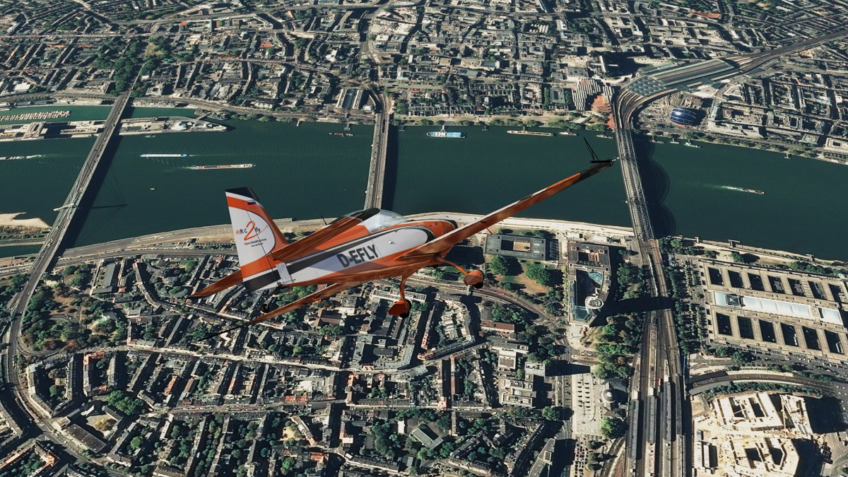 Diving in my Extra 330 to the City of Köln