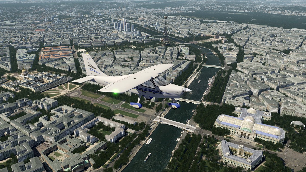 Above Citycenter of Paris+Tecnam P2008_1